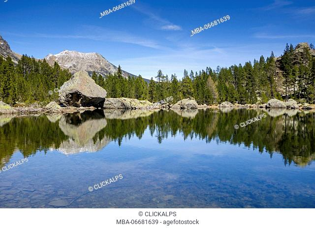 Servaz Lake (Val Chalamy, Mont Avic Natura Park, Aosta Valley, Italy)
