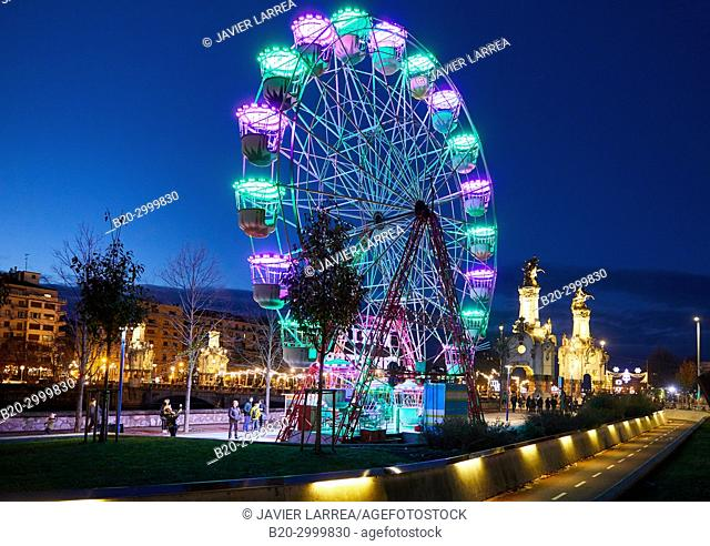 Maria Cristina Bridge, Ferris wheel, Christmas, Donostia, San Sebastian, Gipuzkoa, Basque Country, Spain, Europe