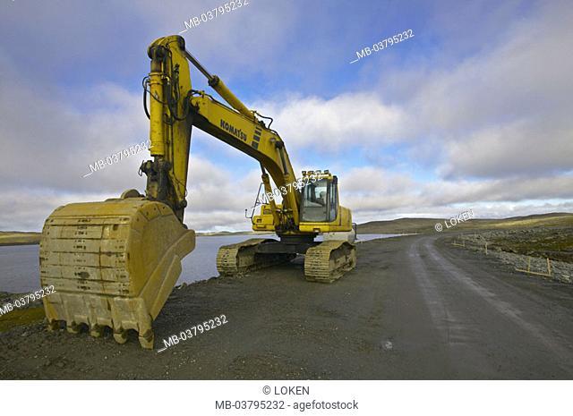 Norway, Finnmark, Gamvik, street construction,  Excavators  Europe, Scandinavia, North Norway, Nordkinnhalvoya, shores, riparian street, coast street