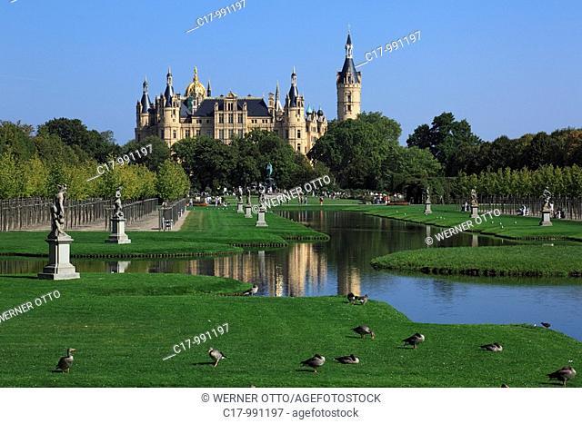 Germany, Schwerin, Mecklenburg-Western Pomerania, castle Schwerin, castle islet, state parliament of Mecklenburg-Vorpommern, historicism