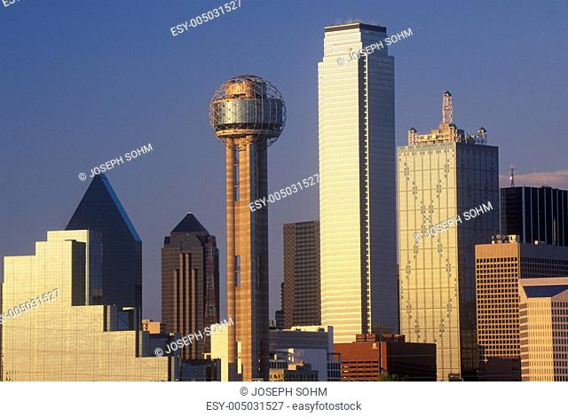 Dallas, TX skyline at sunset with Reunion Tower