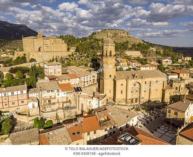 Iglesia de Nuestra Señora de la Asunción y Ermita del Santo Cristo, Labastida, Rioja Alavesa , Alava, País Vasco, Spain