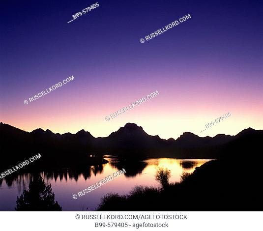 Scenic Oxbow Riverbend & Mount Moran, Grand Teton National Park, Wyoming, Usa