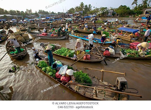 Cai Rang floating market. Mekong Delta, Cantho. Vietnam