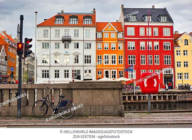 Traffic and pedestrian crossing lights at red, Nyhavn (New Harbour), Copenhagen, Denmark, Scandinavia