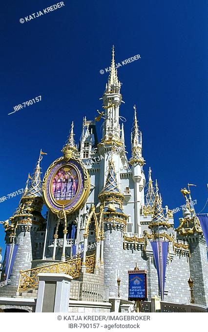 Cinderella Castle, Disneyworld, Disney World, Orlando, Florida, USA