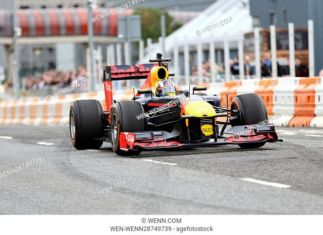 Ignition Festival of Motoring in Glasgow Featuring: Red Bull Racing Team F1 car Where: Glasgow, United Kingdom When: 06 Aug 2016 Credit: WENN.com