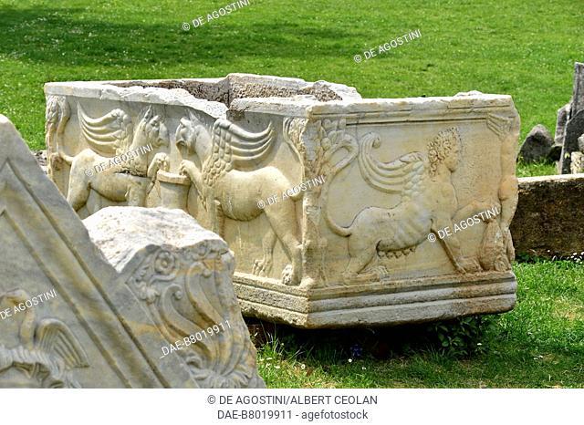 Sarcophagus decorated with griffons and winged creature, Manastirine necropolis, Salona, Solin, Croatia. Paleo-Christian civilization