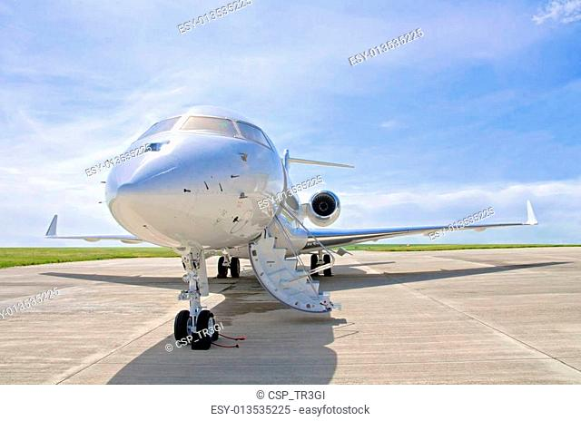 Luxury Private Jet Airplane - Side view - Bombardier Global