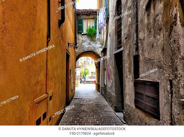 street scene, Menaggio, province Como, Lombardy, northern Italy, western shore of Lake Como