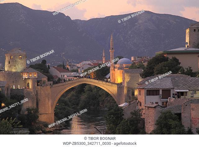 Bosnia and Herzegovina, Mostar, Old Bridge, Neretva River, night