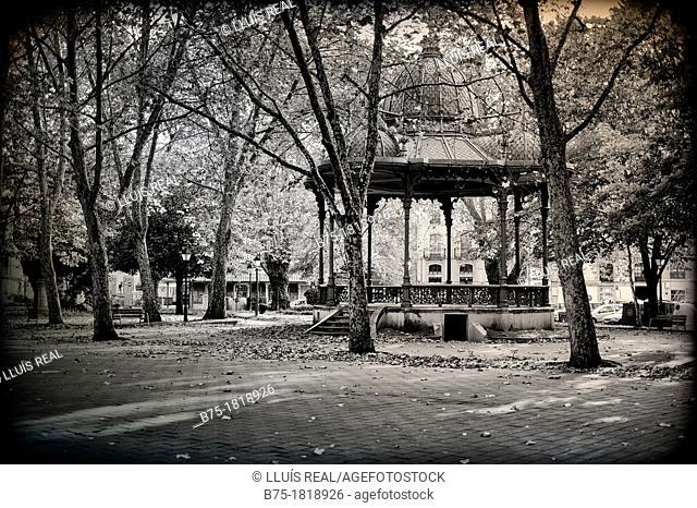 Templete de música del Parque del Muelle en Avilés, Asturias, Oviedo, España