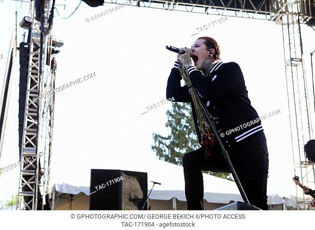 Chris Motionless lead singer of Motionless in white performs at Inkcarceration 7-13-2019