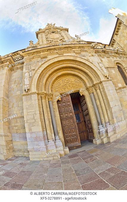 Real Colegiata Basílica de San Isidoro, 11-12th Century Romanesque Style, León, Castilla y León, Spain, Europe