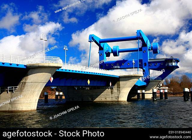 Hubbrücke Wolgast