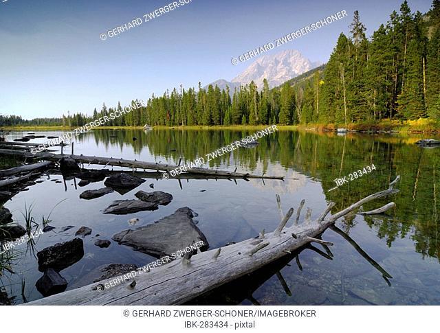 Jenny Lake, Grand Teton range, Grand Teton National Park, Greater Yellowstone Ecossystem, Wyoming, United States of America