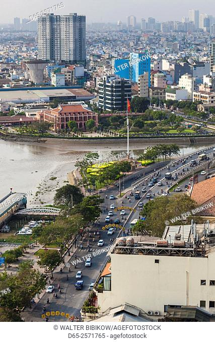 Vietnam, Ho Chi Minh City, elevated view of Ton Duc Thang Avenue and Saigon River, dawn