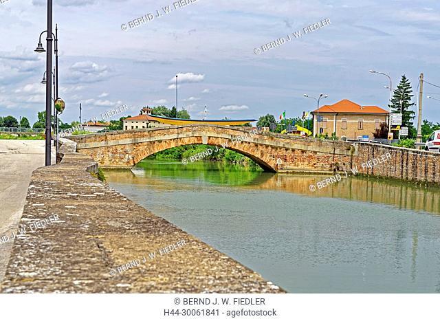 Europe, Italy, Veneto Veneto, Battaglia Terme, via Terme, Canale Battaglia, architecture, building, canals, place of interest, tourism, street, wall, water