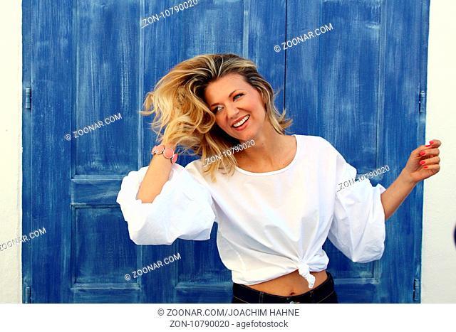 Ella Endlich (Sängerin / Musikerin) in der  ARD-TV-Sendung