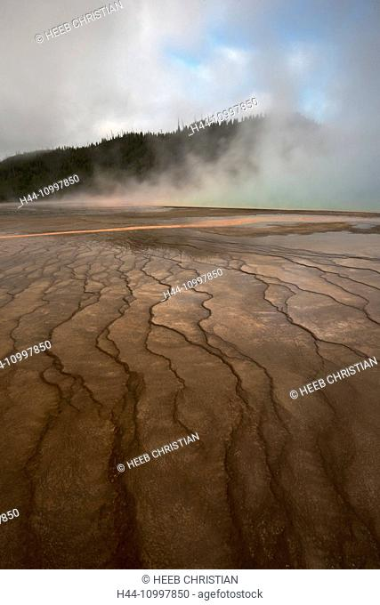 USA, Rocky Mountains, Wyoming, Yellowstone, National Park, UNESCO, World Heritage, Grand Prismatic spring