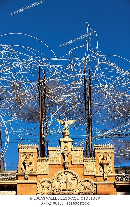 Fundació Antoni Tapies,detail of facade,sculpture 'Cloud and chair', Carrer Arago 255. Barcelona, Spain