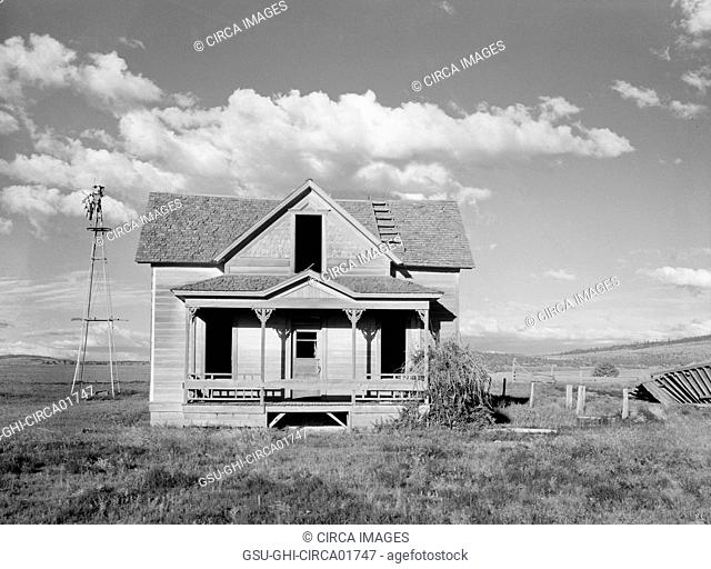 Abandoned Farmhouse after Unsuccessful Efforts to Make Crops Grow, Central Oregon, USA, Arthur Rothstein for Farm Security Administration (FSA), June 1936