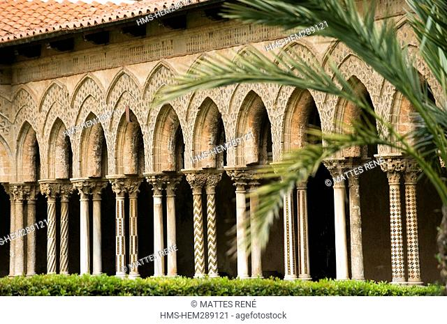 Italy, Sicily, Monreale, cloister of the cathedral