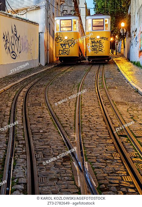 Portugal, Lisbon, Twilight view of the Gloria Funicular