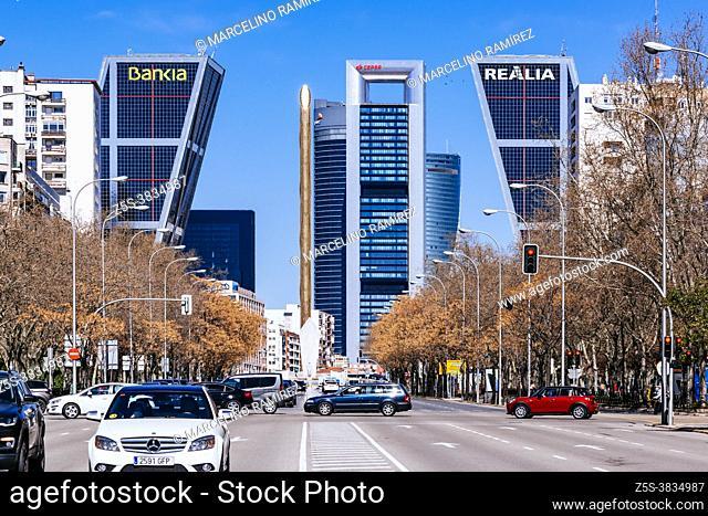 View of the business area of Plaza de Castilla from Paseo de la Castellana. Ã. rea de negocios de Cuatro Torres - ANCA or CTBA