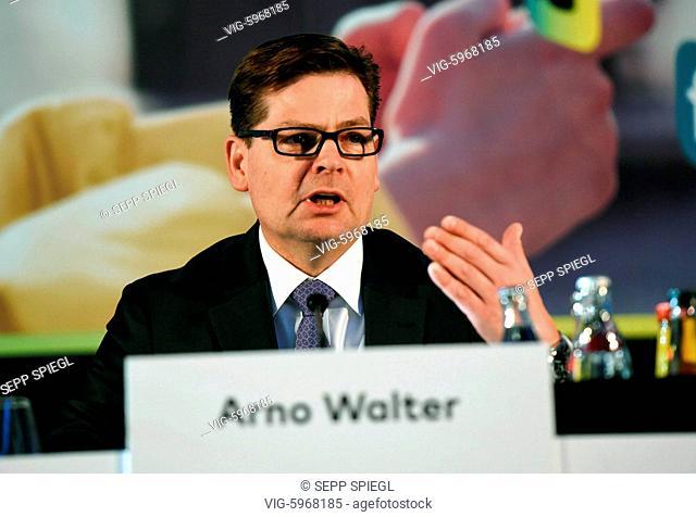Deutschland, Frankfurt, 30.01.2018 Arno Walter, Vorstandsvorsitzender der comdirect bank AG, waehrend der Pressekonferenz - Frankfurt, Germany, 30/01/2018