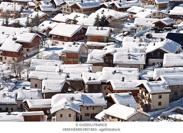 France, Savoie, Massif de La Vanoise, La Tarentaise Valley, Champagny en Vanoise (1250m), is one of the 10 skiresorts of the ski area of La Plagne