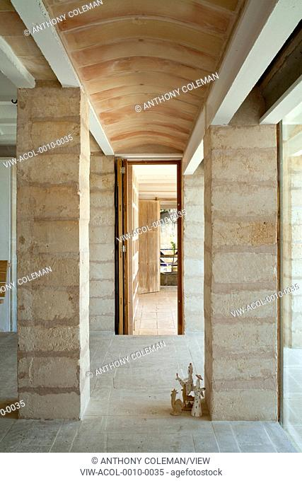 Can Lis, Mallorca, Spain. Architect: Utzon, Jorn, 1971. View through to kitchen and entrance area