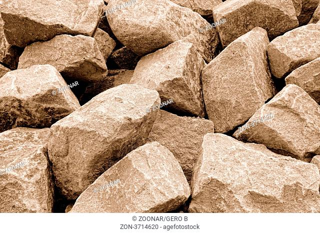 Bruchstein auf Halde sepia, Crushed stone stockpiled sepia