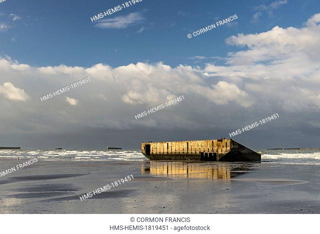 France, Calvados, Arromanches les Bains, Mulberry remains or Port Winston on the beach
