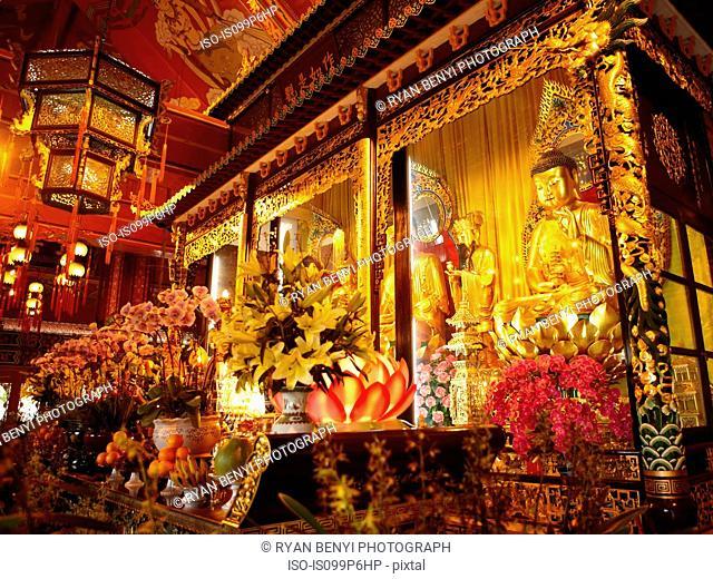 Po lin monastery temple, lantau island, hong kong, china