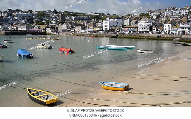 View over the fishing harbour of St Ives seen from Smeatons Pier, Cornwall, England, UK