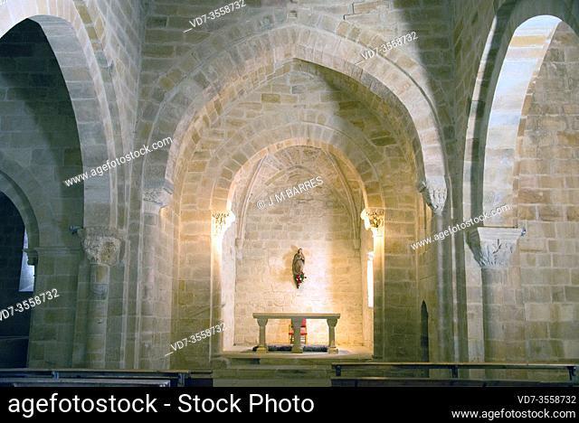 Aguilar de Campoo, Santa Cecilia church (romanesque 12-13th centuries), inside. Montaña palentina, Palencia province, Castilla y Leon, Spain