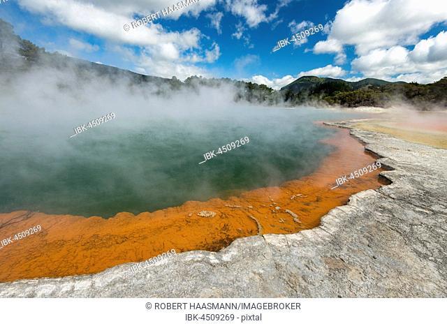 Champagne Pool, hot thermal spring, Waiotapu, Waiotapu, Roturoa, North Island, New Zealand