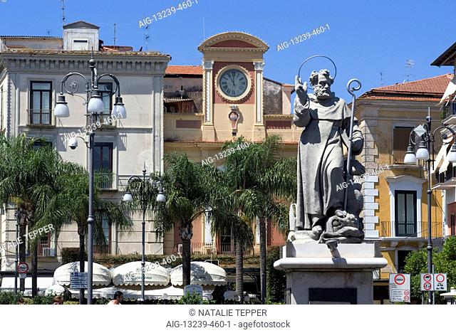 Statue of St Anthony, Piazza Tasso, Sorrento, Campania, Italy, Europe