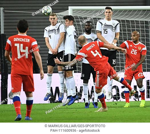 Matthias Ginter, Kai Havertz, Antonio Ruediger, Niklas Suele (lr) of Germany in a Freistóss by Konstantin Rausch (v) forward Russia GES / Football / Friendlies:...