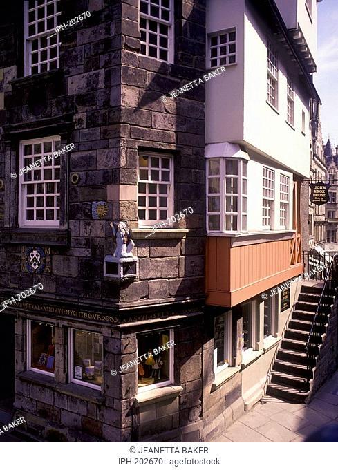 Edinburgh - John Knox's House in the Royal Mile
