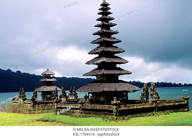 Bratan Lake and Ulun Danu Bratan Temple  Bali  Indonesia  Bali  Indonesia