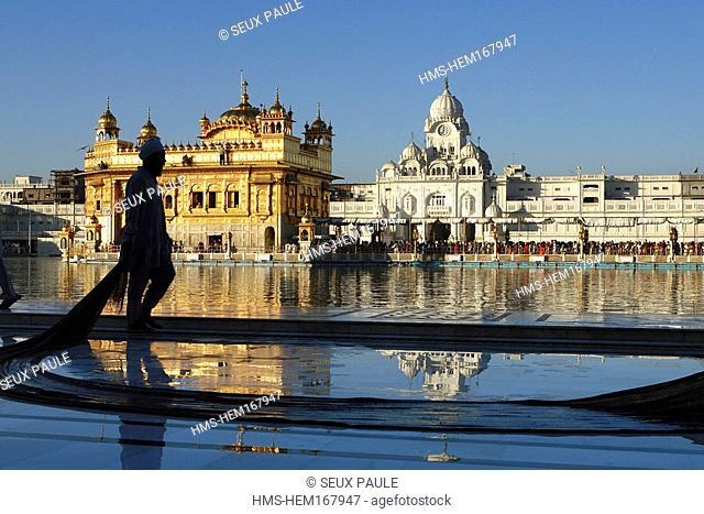 India, Penjab, Amritsar, Harmandir Sahib Golden Temple, Sikh spiritual and cultural centre