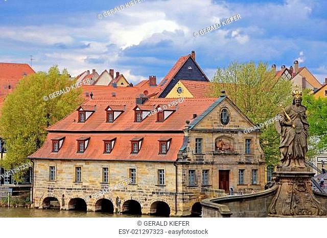 Kaiserin Kunigunde vor dem Alten Schlachthof in Bamberg