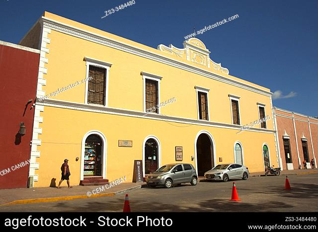 Colonial buildings at the city center, Valladolid, Yucatan Province, Mexico, Central America