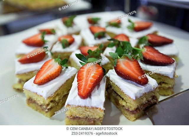 Strawberry pie at the pastry shop, Taksim, Istanbul, Marmara Province, Turkey, Europe