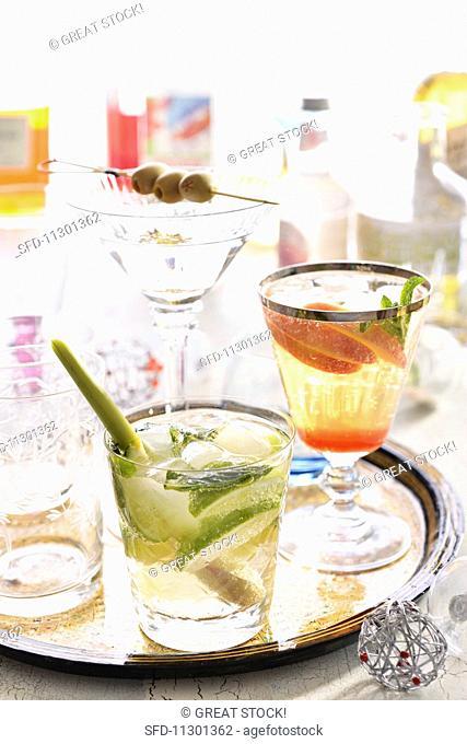 A Ginger Fizz, a Peach Julep and a Martini