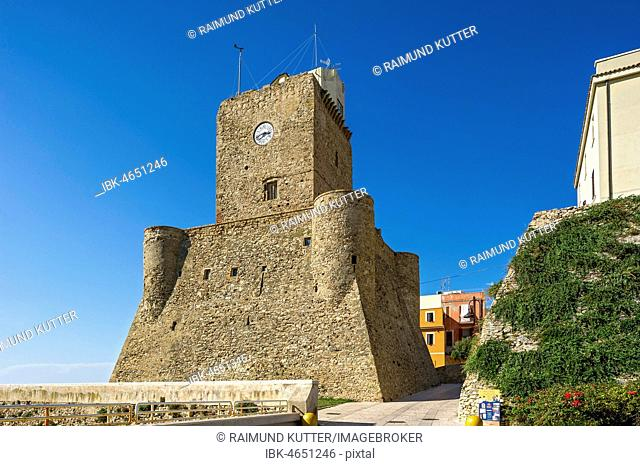 Medieval Staufer fort, Castello Svevo, old town, Lungomare Colombo, Molise region, Italy