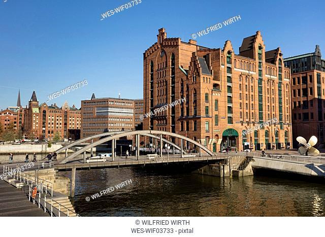 Germany, Hamburg, Speicherstadt, International Maritime Museum, Busan bridge