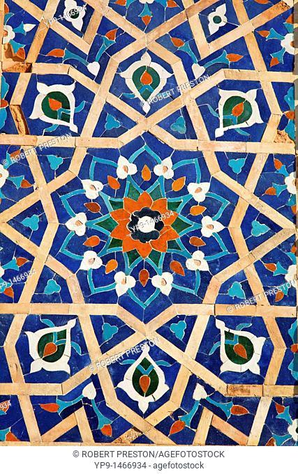 Uzbekistan - Samarkand - majolica detail of the Guri Amir Mausoleum